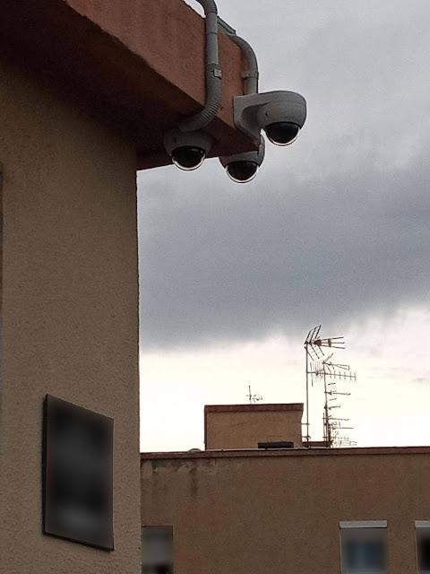 Càmera de Seguretat a l'Avinguda Eduard Toldrà de Vilanova i la Geltrú