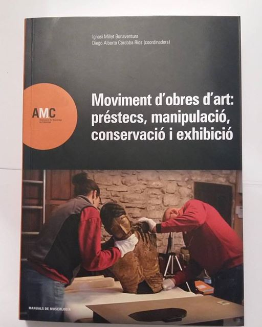 LIBROS                                                Moviment d'obres d'art. (Editorial AMC, 2017)