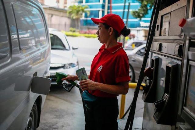 ¿Perdió Maduro la mejor oportunidad para aumentar el precio de la gasolina en Venezuela?