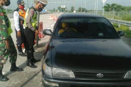 Polisi perketat kendaraan masuk Ngawi