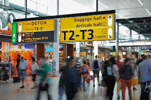 ide kegiatan saat transit di bandara