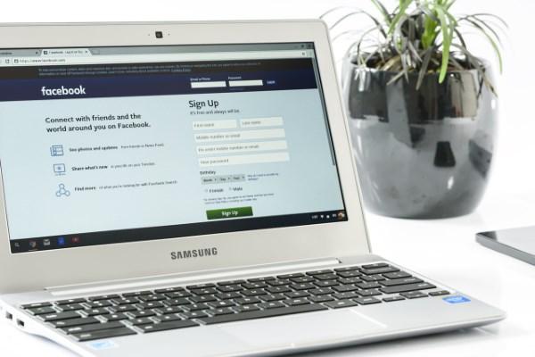 Banyak pengguna Facebook yang tidak mengenali cara download film di Facebook ioannablogs.com 5 Cara Download Film di Facebook mudah-mudahan Nonton Filmnya Lebih Nyaman