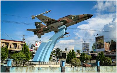 Tugu Pesawat Tempur