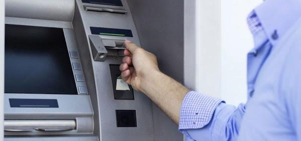 Desincorporan más de 400 cajeros automáticos mientras crece el uso de los puntos de venta