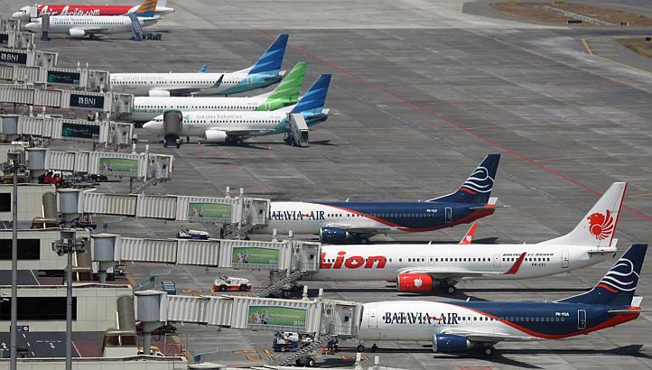 Serahkan Pelabuhan & Bandara ke Asing, Sama Saja Menyerahkan Simpul-Simpul Strategis Negara