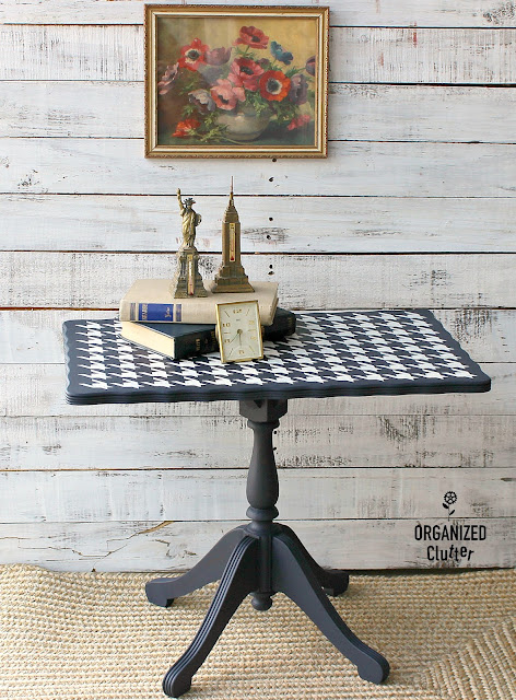 Small Vintage Coffee Table Up-cycle In Navy & Houndstooth #oldsignstencils #stencils #houndstooth #dixiebellepaint #upcycle #furnitureupcycle #vintage