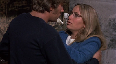REVIEW STRAW DOGS