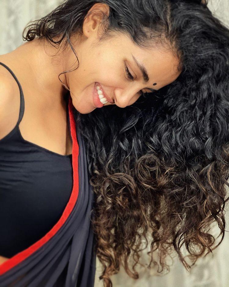 Anupama Parameswaran with Black Saree Photos