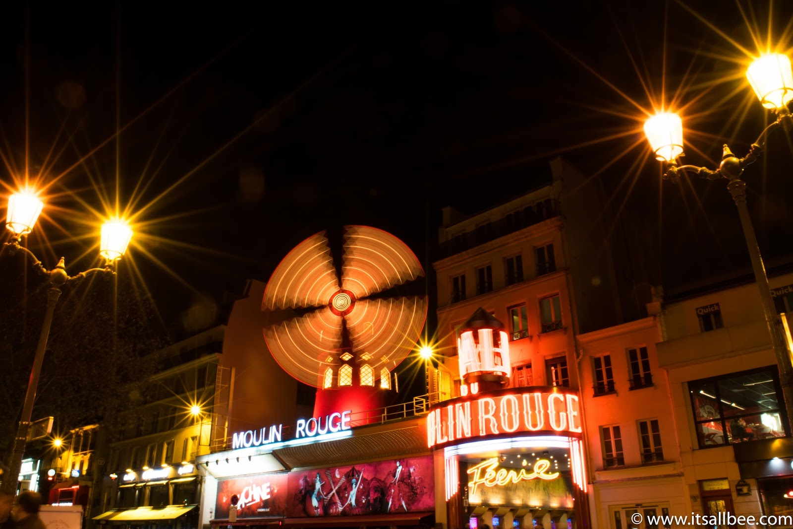 Moulin Rouge Paris - Photo by Bianca - www.itsallbee.com