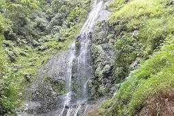 Jelajah menuju air terjun Grenjengan Dowo