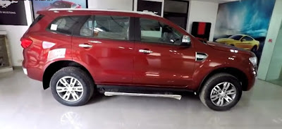 Ford Endeavour Side