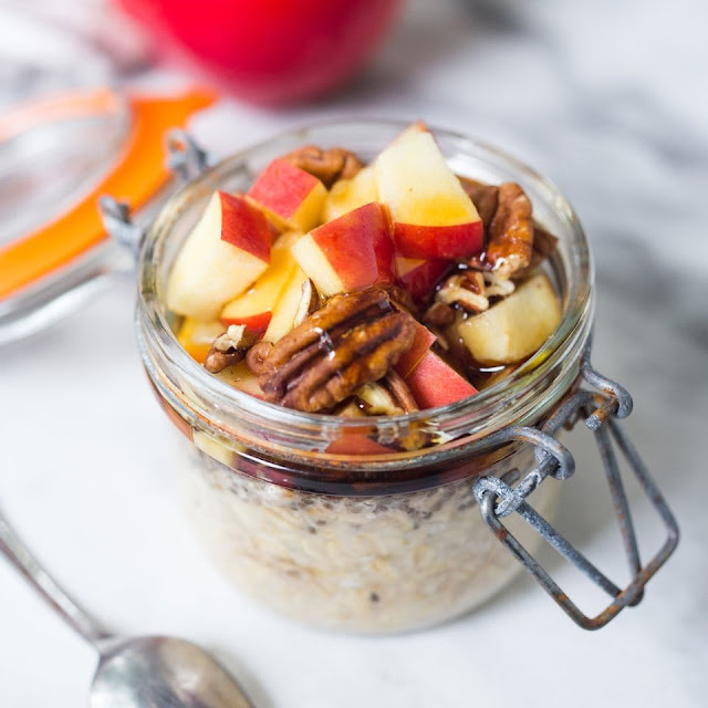 Overnight Oats with Curd