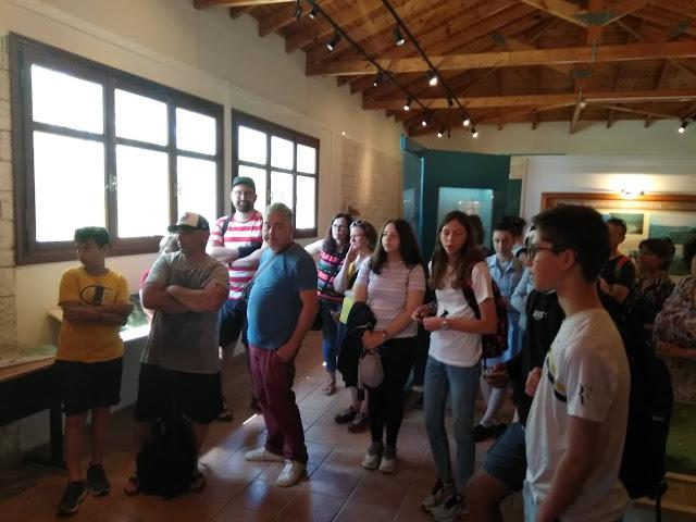 Καθηγητές και μαθητές από διάφορες χώρες της Ευρώπης ξεναγήθηκαν στην έκθεση του κέντρου πληροφόρησης Αχέροντα