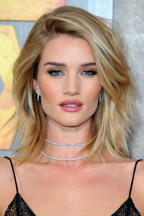 I Recommend Using Redken Beachy Sea Salt Spray All Over And Then Dry To Add Texture More Volume As Pictured Here On Rosie Huntington Whiteley S Hair