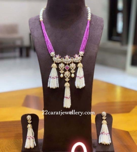 Small Ruby Beads Set with Tassels