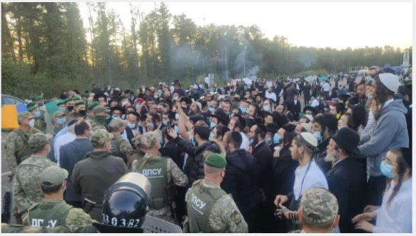 As soon as Israel banned entry to Ukraine, it asked the pilgrims to return home