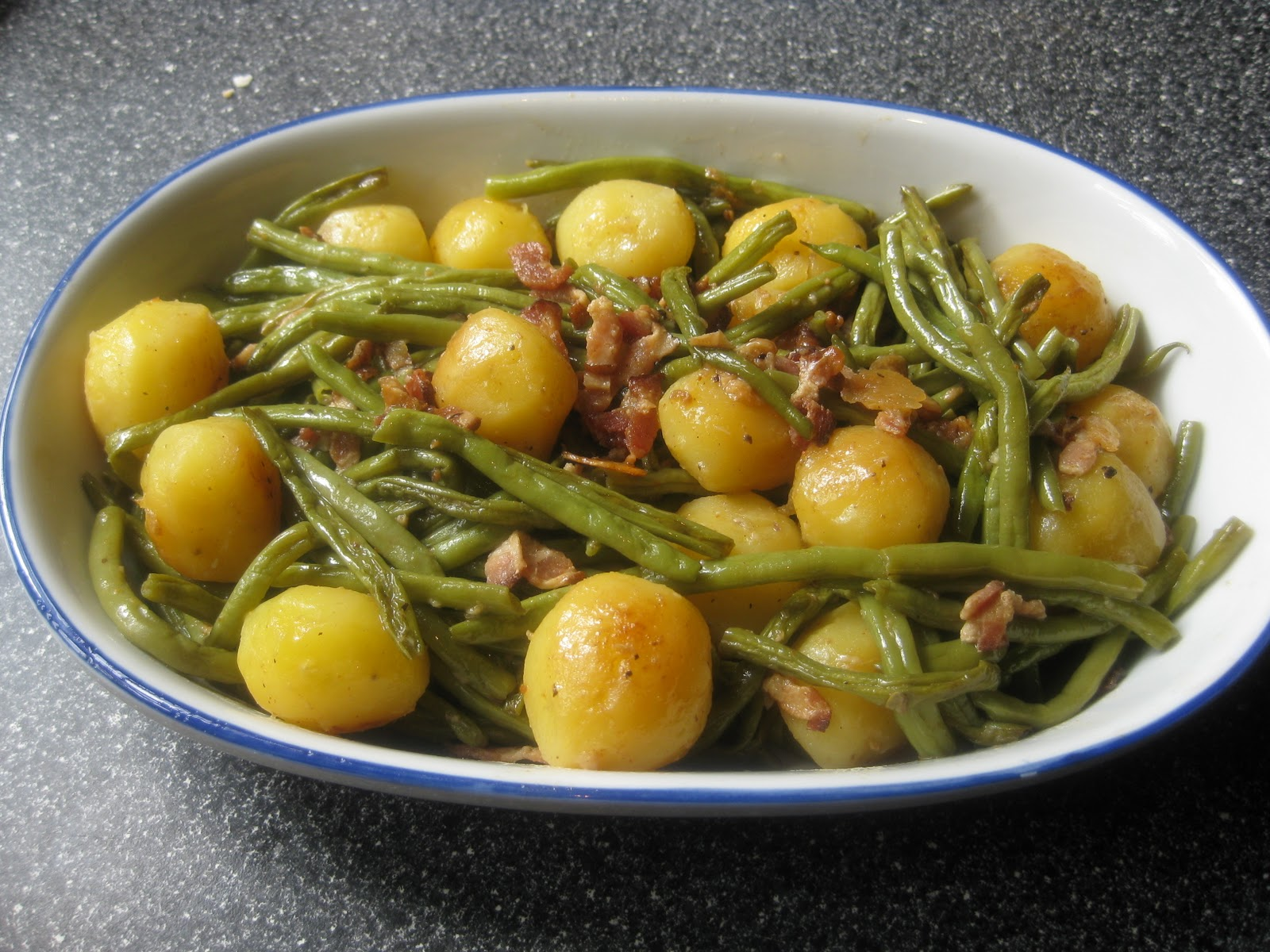 Food lust people love green beans with baby new potatoes green beans with baby new potatoes forumfinder Gallery