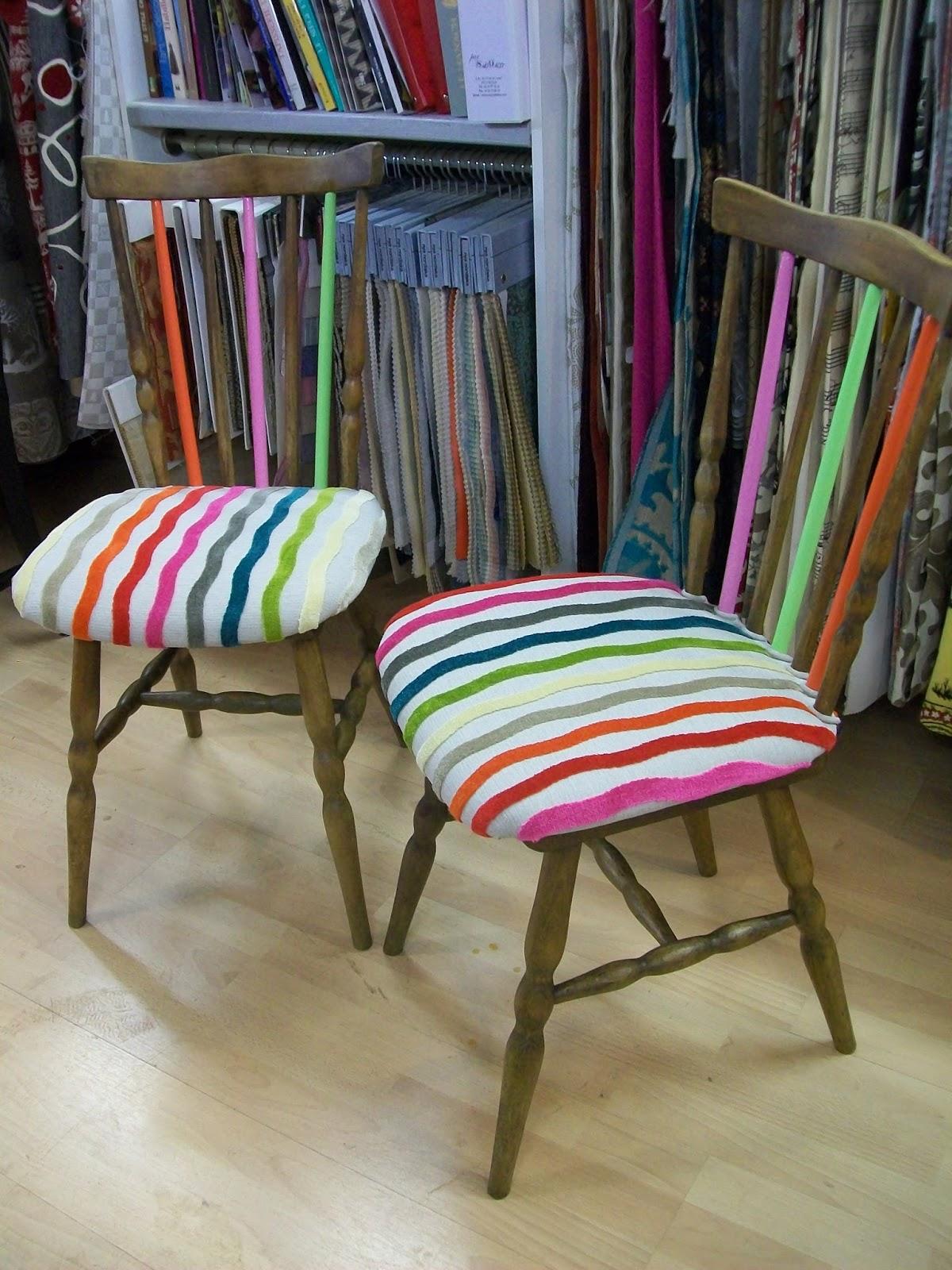 l 39 chaise rustique su doise. Black Bedroom Furniture Sets. Home Design Ideas