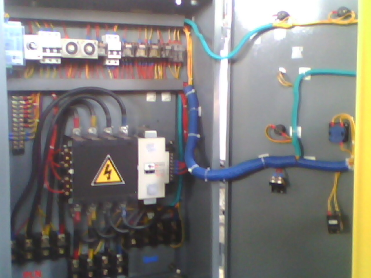 Installation Of Electrical Panels Instalasi Panel Listrik Ats Socomec Wiring Diagram Automatic Transfer Swicth
