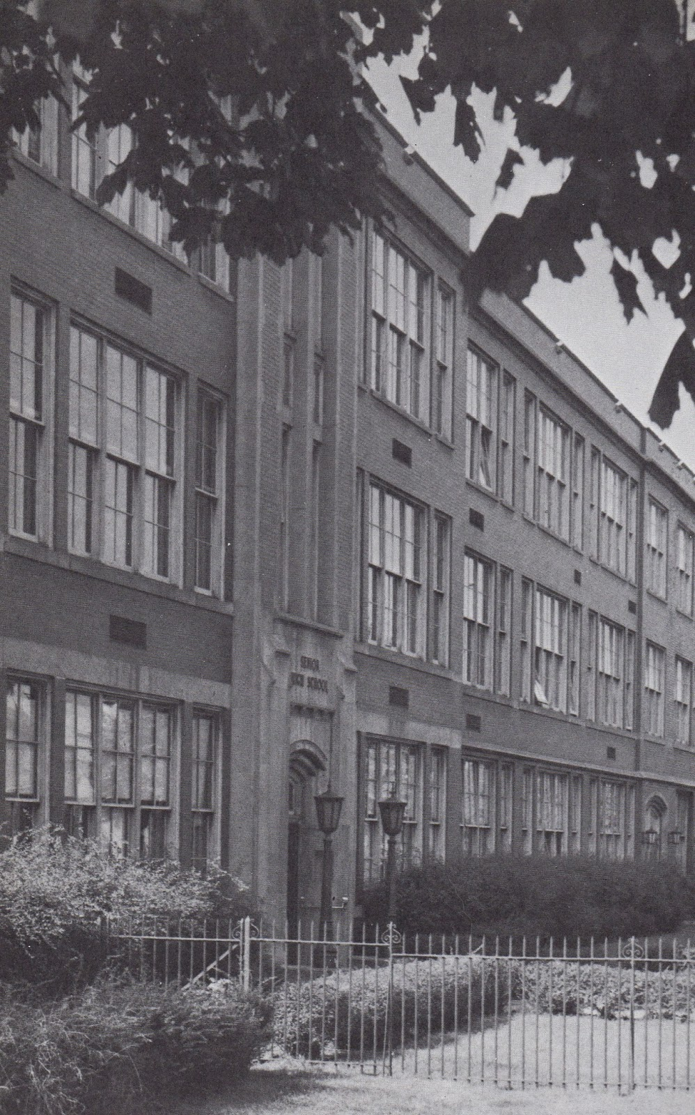 Ambridge Memories The Demolition Of The Old Ambridge High School
