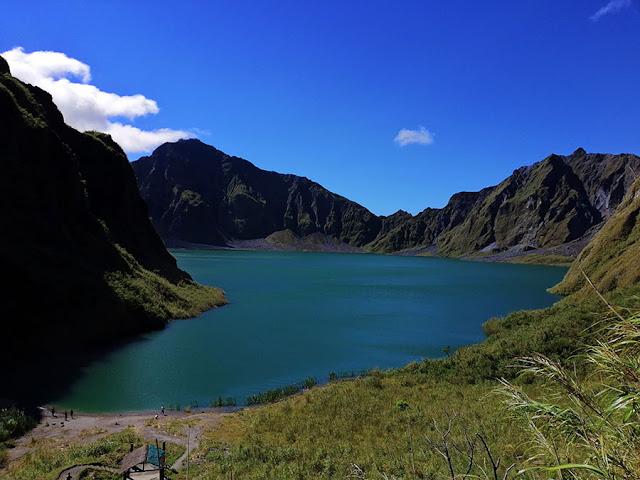 Danau Kawah Gunung Pinatubo