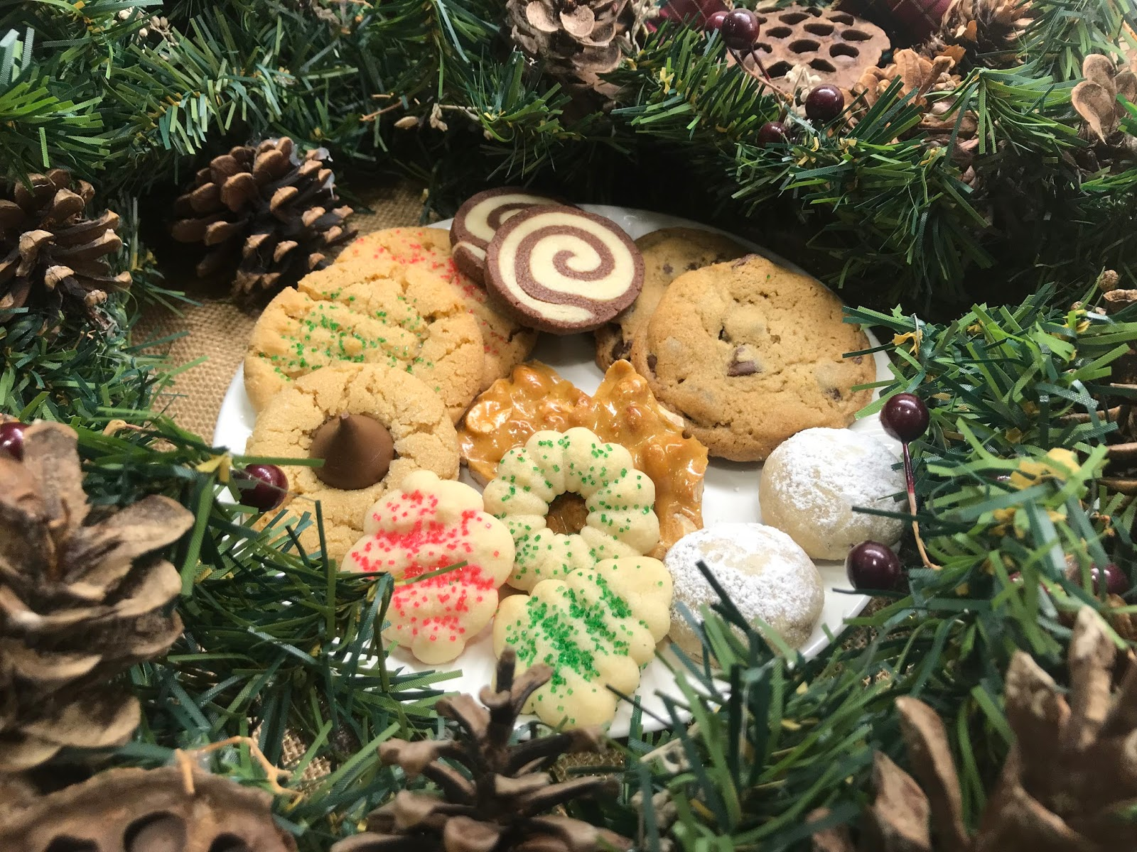 Sweetly Entwined Happy 25 Days Of Christmas Cookies
