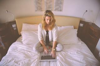 7 Cara Memilih Kuliah Online Yang Tepat Untuk Seorang Karyawan