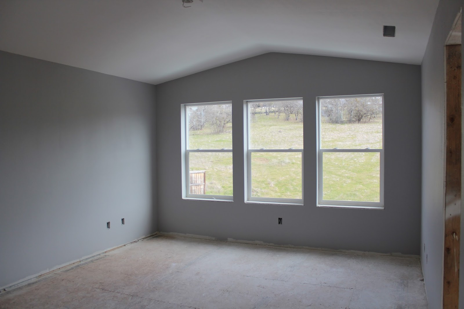 Southern Oregon Dream Were FINISHED painting the interior