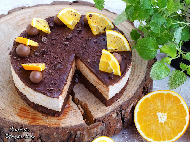 Świąteczne brownie z masą piernikową i pomarańczami