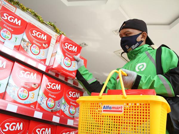 Senangnya Pengemudi Ojek Online karena Program Berbagi Kasih dari SGM Eksplor dan Alfamart