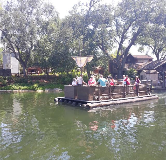 How you get to Tom Sawyers Island by Raft