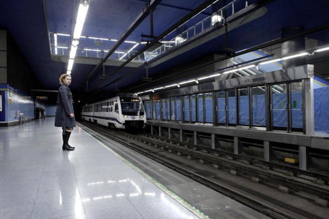 Resultado de imagen de metro puertas anticaidas