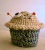 http://translate.google.es/translate?hl=es&sl=en&tl=es&u=http%3A%2F%2Fdiyods.blogspot.com.es%2F2014%2F02%2Famigurumi-cupcake-pattern.html