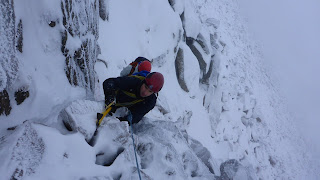 Winter mountaineering rope-work and direct belays