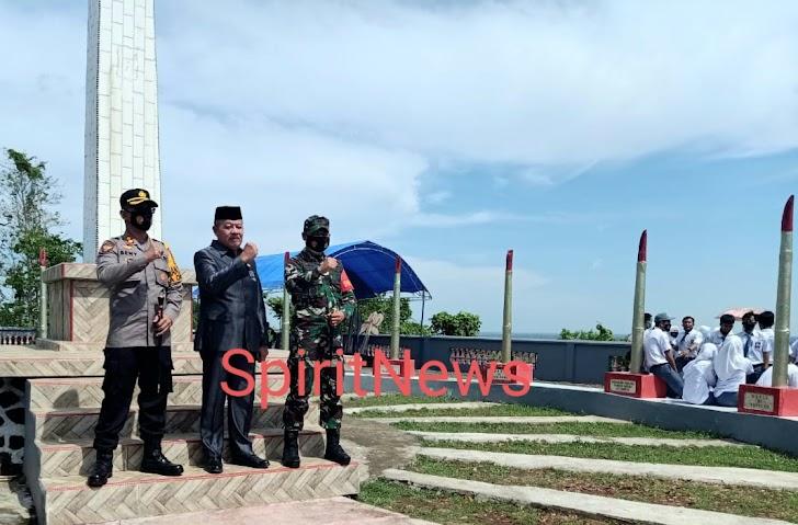 Kapolres Takalar Hadiri Upacara Peringatan Sumpah Pemuda ke 92 di Monumen Lapris Bulukunyi