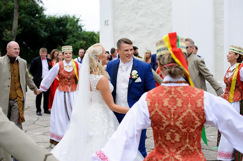 tradicinės lietuviškos vestuvės