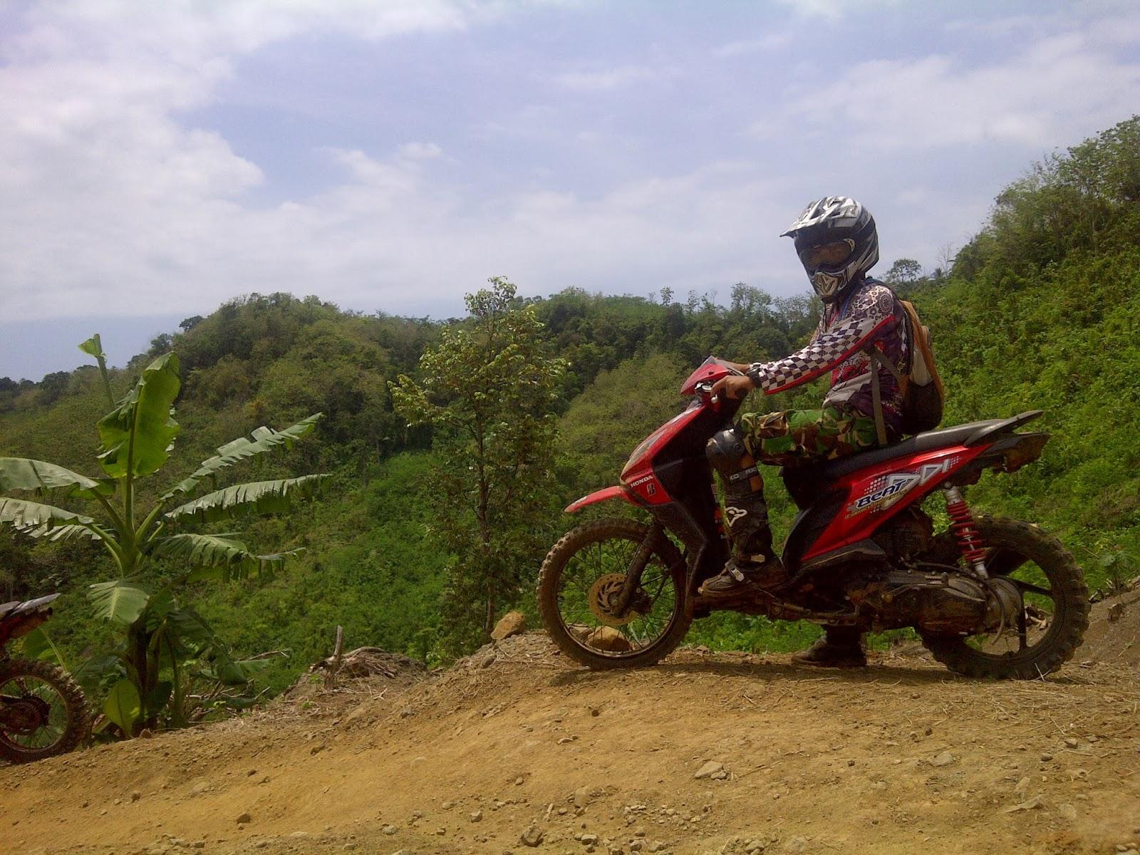 Modifikasi Honda Beat Trail