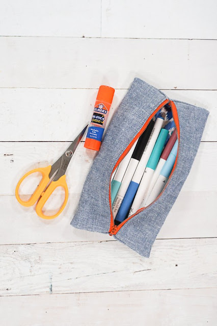 easy pencil pouch sewing project