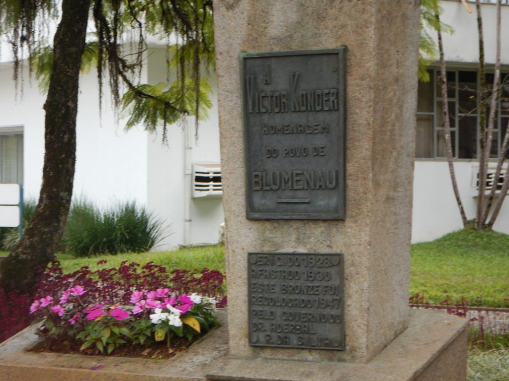 Praça Victor Konder em Blumenau