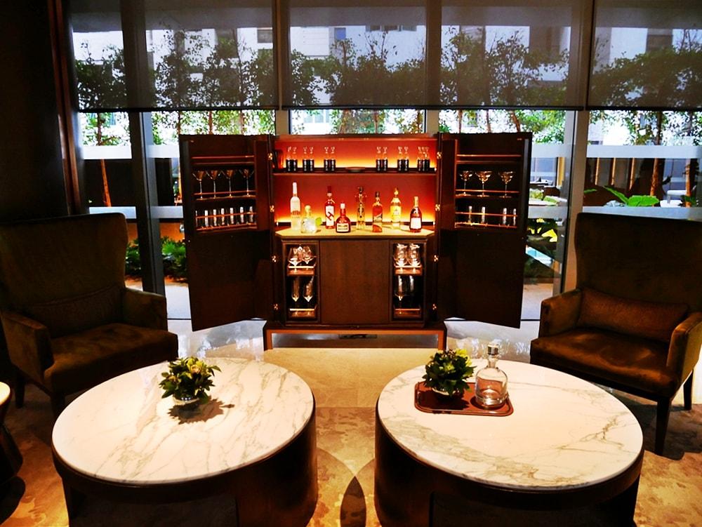DELUXSHIONIST INTERCONTINENTAL ROBERTSON QUAY HOTEL SINGAPORE