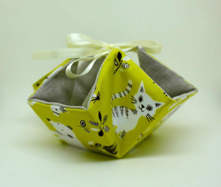 Fabric Basket with Ties: Tutorial + Pattern