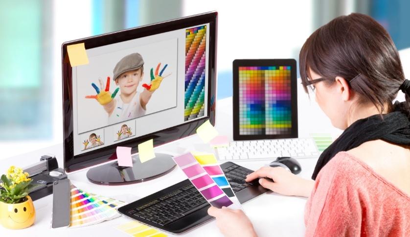 Hal yang di Pelajari di Jurusan DKV (Design Komunikasi Visual)
