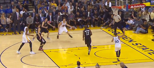 The Golden State Warriors Score 50 POINTS in the 3rd Quarter! (VIDEO)