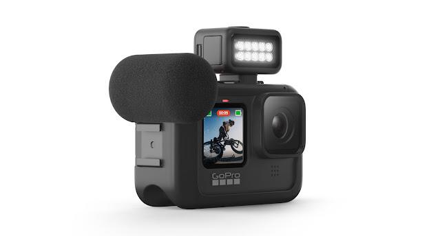 【攝影器材】釋放 GoPro HERO9 Black 運動攝影機完整潛能 - Max Lens Mod 鏡頭組 - Light Mod 可以額外提供 30 秒的超亮模式