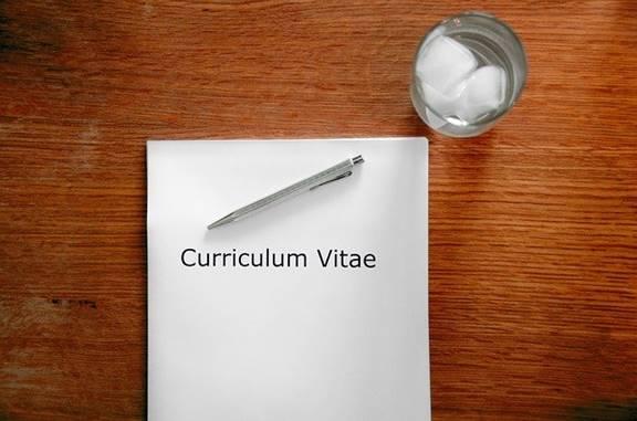 Contoh Surat Lamaran dan Curriculum Vitae untuk Mendaftar di Sekolah Swasta