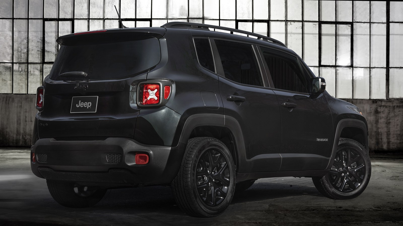 2018 jeep renegade gains an updated interior and new. Black Bedroom Furniture Sets. Home Design Ideas