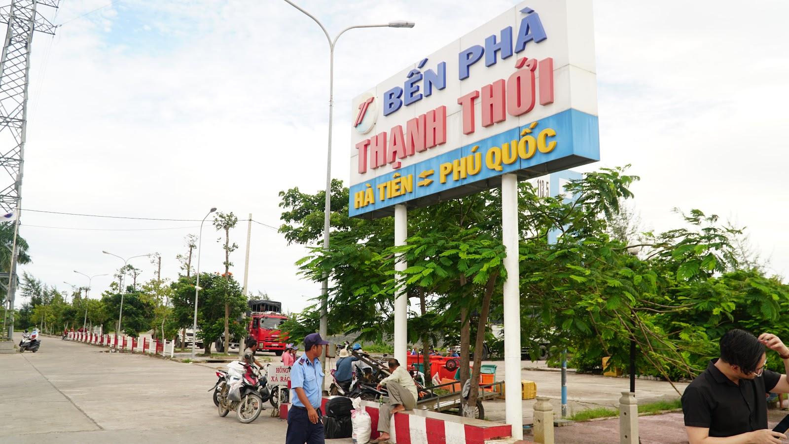 Tiến về Hà Tiên, lên Phà Thạnh thới sang Phú Quốc
