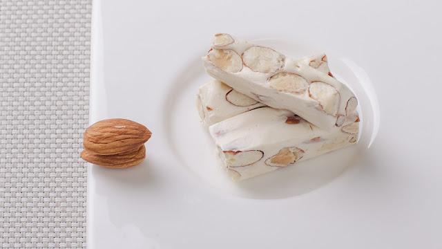 How long do almonds last: