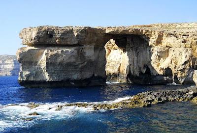 Ponte natural Janela Azul – Malta