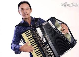 Morre aos 67 anos, o cantor e compositor 'Dejinha de Monteiro'